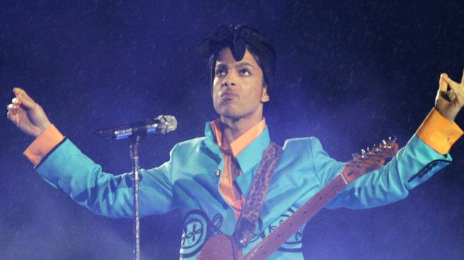 Entertainment World Reacts To Reports Of Prince's Death     http://talkingpointsmemo.com/livewire/twitter-reaction-prince-death