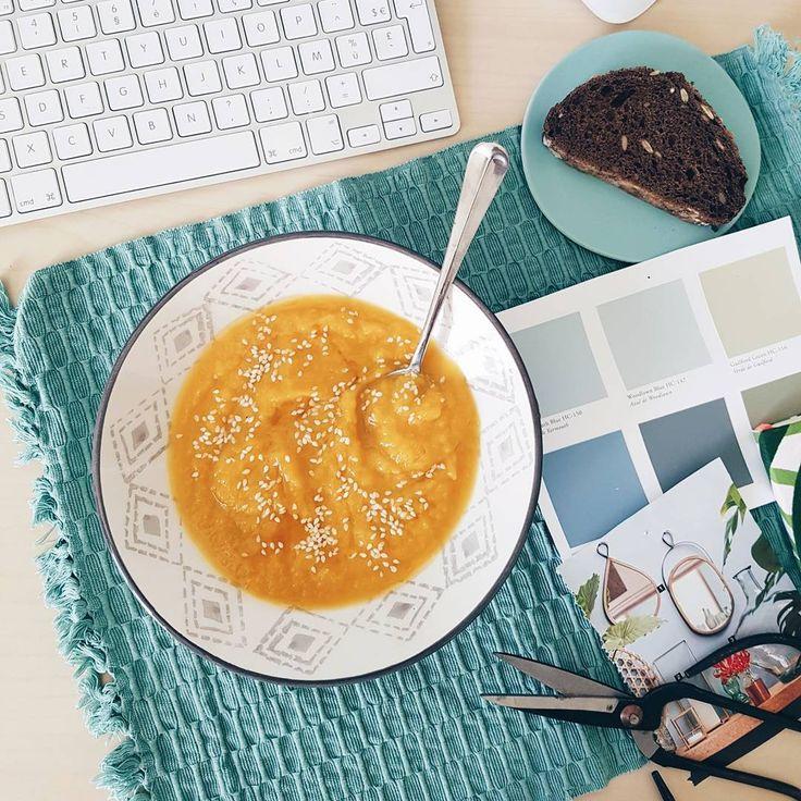 """@IloveDOIY profite d'une belle soupe de saison pour nous montrer la vaisselle qu'elle a déniché lors de sa dernière virée shopping chez BABOU - assiette creuse """"Losange"""" 19 cm 2€80 -"""