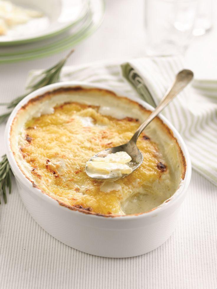 Een overheerlijke aardappelgratin met geitenkaas en rozemarijn , die maak je met dit recept. Smakelijk!