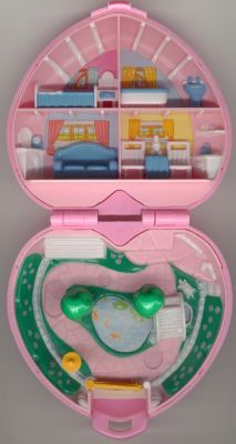 Polly Pockets when they were itty bitty