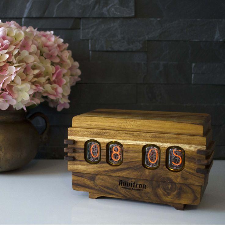 The Vintage Nixie Tube Clock - Volta #Nuvitron #gadget #nixie #bois #refit #livingroom #tech #homeinterior #technology #wood #vintagedigitaltimepiece #interiorstyling #vintagelcdtimepiece #vintagetimepiece