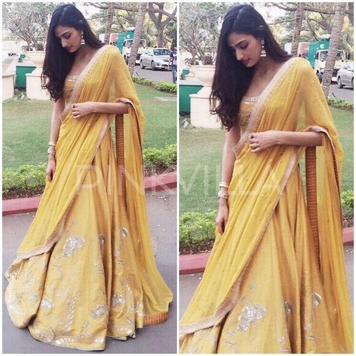 Celebrity Style,anita dongre,Athiya Shetty