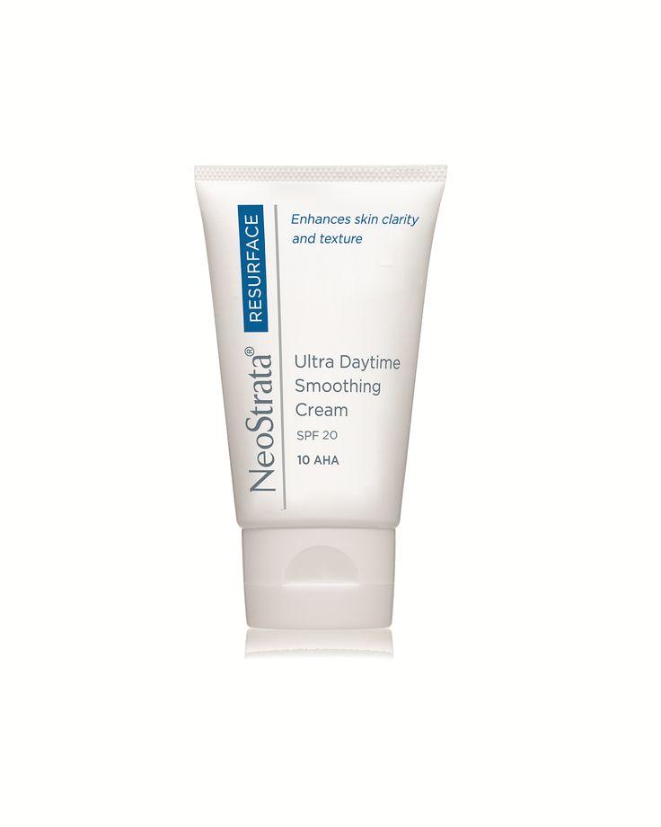 Crema Facial Ultrasuavizante de Día: Crema hidratante para uso cotidiano, proporciona una textura más suave, una pigmentación más uniforme y una firmeza mejorada.