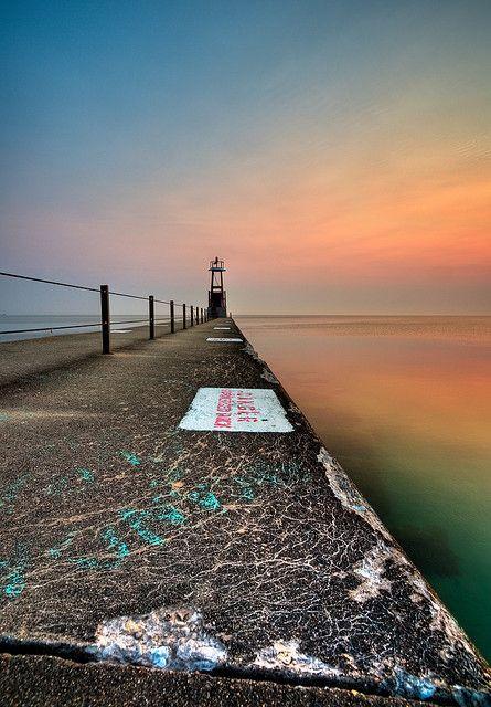 Edgewater Beach Peir Sunrise, Chicago, Illinois