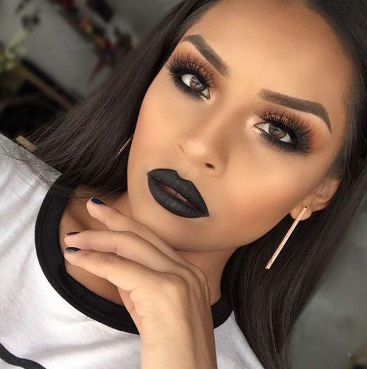 ¿Cómo usar el labial negro?