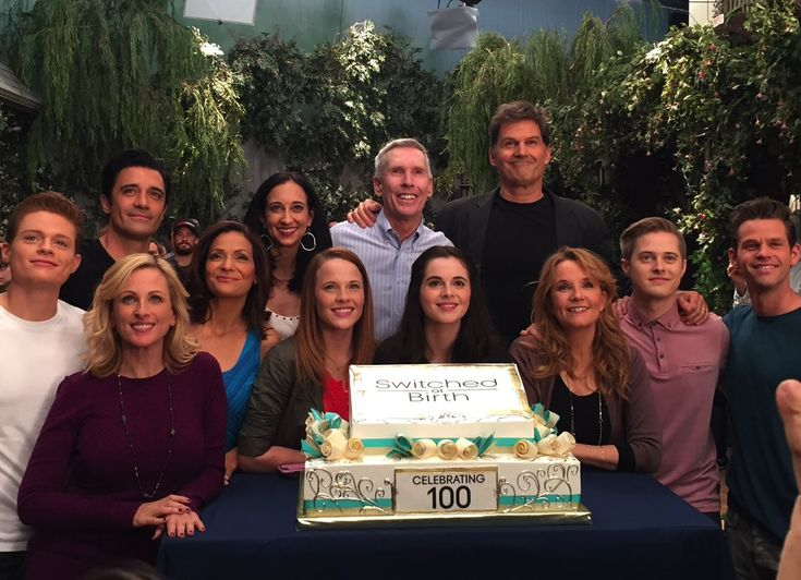 """Lizzy Weiss on Twitter: """"I HAVE NEWS! The 5th & final season of…"""