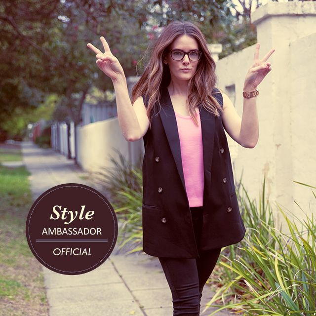 The latest addition to our family of #StyleAmbassadors is Perth-based blogger and designer, Jenelle Witty from #InspiringWit: http://www.clearlycontacts.com.au/thelook/jenelle-witty-style-ambassador/?cmp=social&src=pn&seg=au_14-09-12_jenellewittyfeature-smco