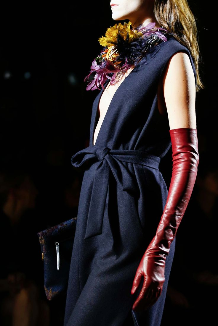 Dries Van Noten - Fall 2015 Ready-to-Wear - Cannot stop thinking about this beautiful collection!