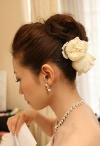 ロングの花嫁ヘアカタログ~先輩花嫁のヘアスタイル実例集~|ゼクシィnet