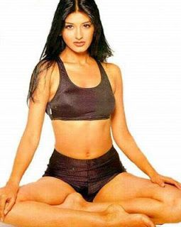 Sonali Bendre unseen old pic