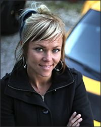 Jessi Combs - if I grow my hair back out I want a cool, funky look like this :)