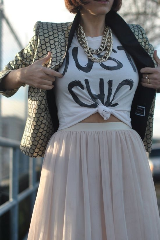 skirt.T.chains.blazer. --- this is definitely something I would do.. glad I'm not the only one who things like this lolBooty Call, Call Fashion, Tulle Skirts, Usar Tutu, Graphics Tees, Graphic Tees, Fashion Spirit, Skirts Tees Chains Blaz, Spring Style