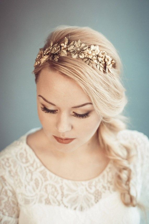 headband | 50+ Best Bridal Hairstyles Without Veil | http://emmalinebride.com/bride/best-bridal-hairstyles