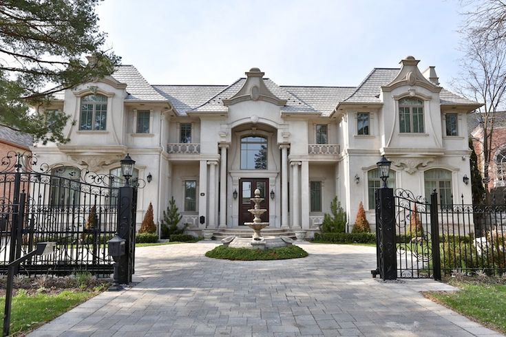 625 best beautiful homes images on pinterest for Dream homes ontario