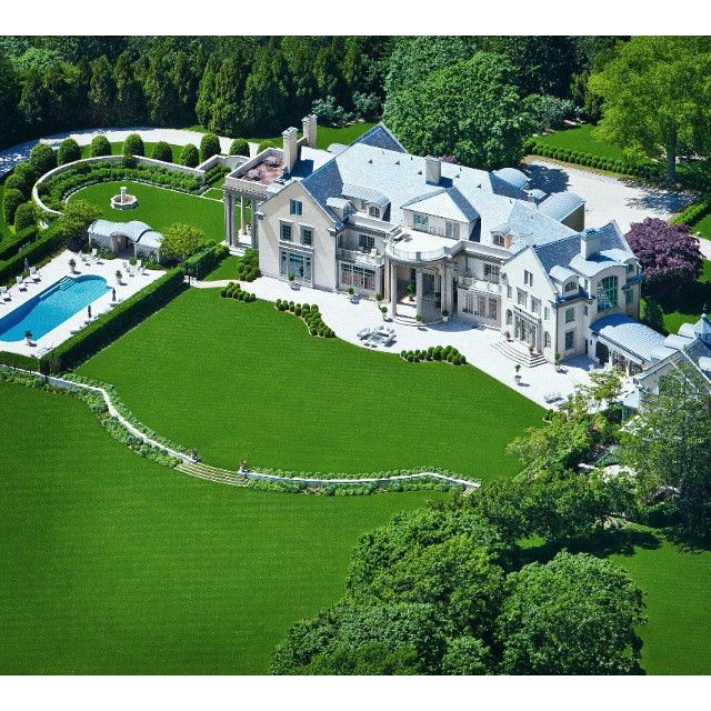 """This breathtaking luxury estate in the Hamptons is currently listed for sale for $69,000,000. For information on this property please email:…"""