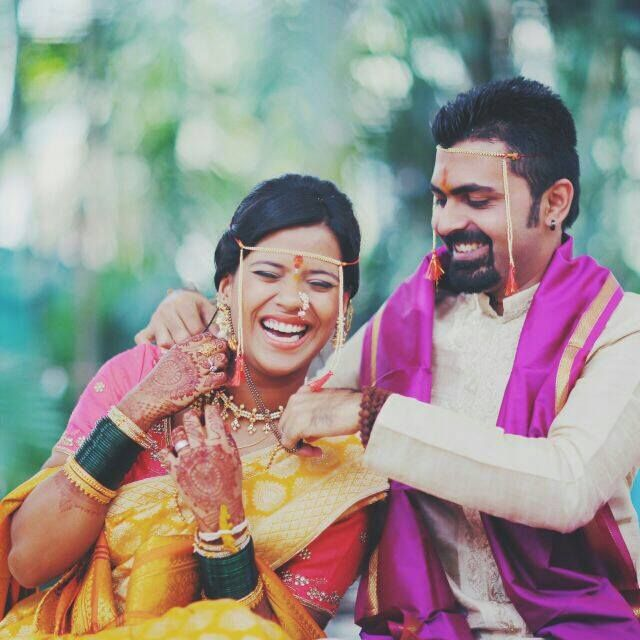 Newly wed marathi couple coolbudy
