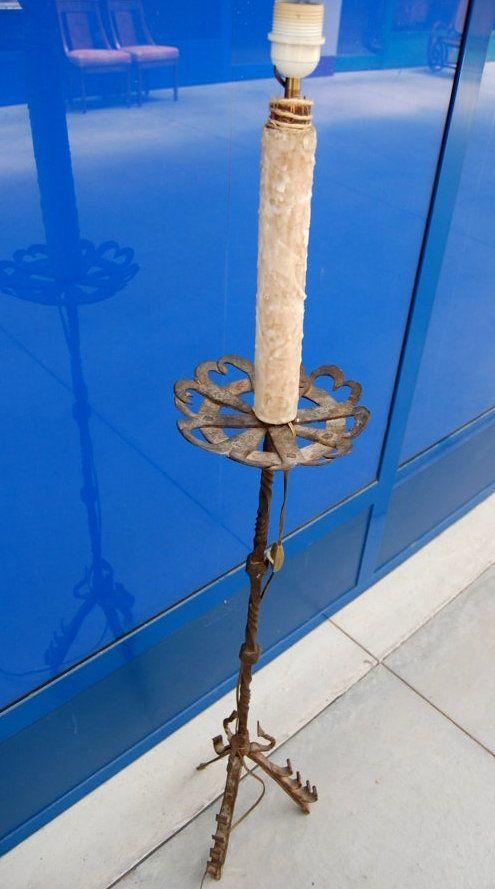 Torcere lampada con base in ferro battuto '700 h 138 cm