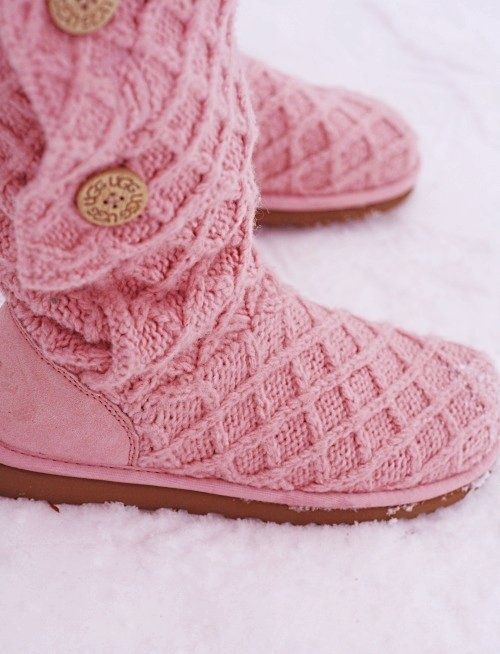 All free shipping!!!Need UGG Boots for winter! Super Cute!!, FREE SHIPPING UGG Boots around the world, Kids UGG Boots, Womens UGG Boots, Girls UGG Boots, Mens UGG Boots, Boys UGG Boots, #WinterOutfit, #NewYearOutfit, #2014trends