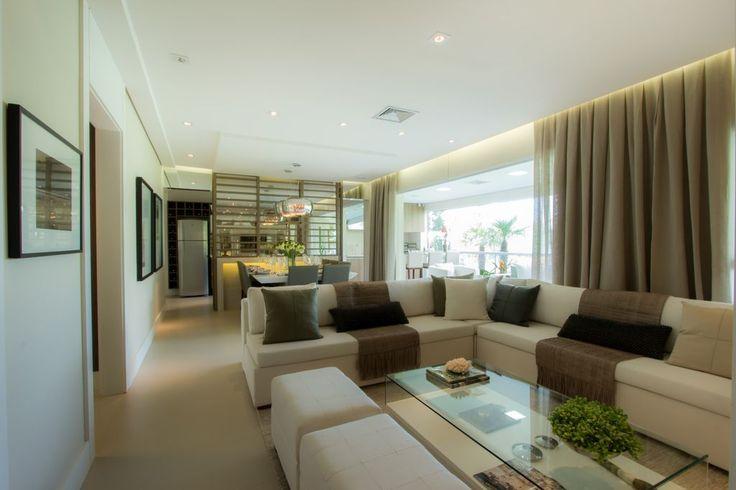 Sofá em Lna sala - Apartamento Decorado 160m² - Cyrela #quitetefaria