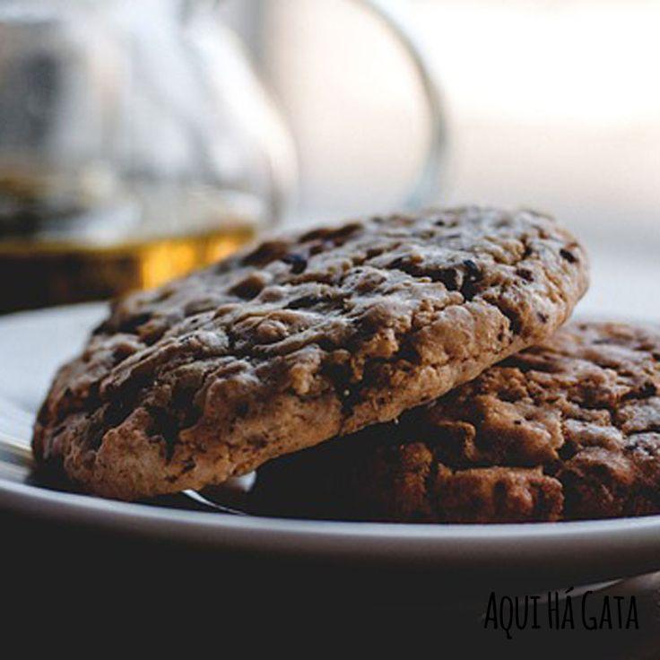 Bolachas Urbanas - Indispensável para quem o café faz parte do dia-a-dia. As Bolachas Urbanas, são uma óptima opção para ter a sua dose diária de cafeína. Café e chocolate preto, dois sabores intensos que combinam na perfeição. Uma intensidade de sabores e cheiros.