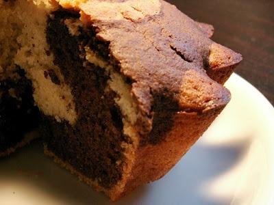 smakołyki alergika: babka łaciata bez mleka, jaj i kakao