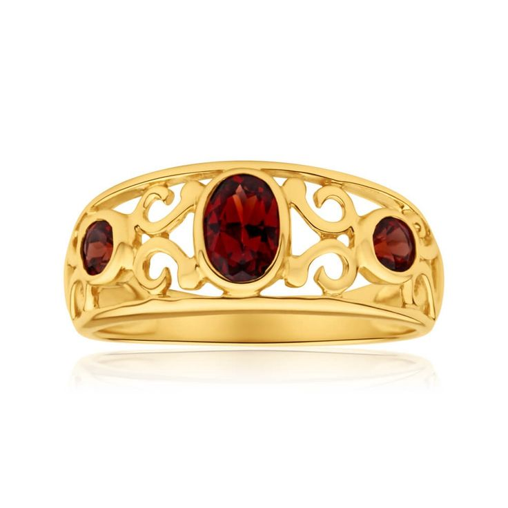 Art deco style natural Garnet Filigree ring in 9ct Yellow Gold Ring. Great right hand ring style