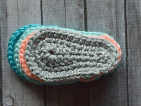 How to Crochet: Basic Baby Shoe Sole - YouTube