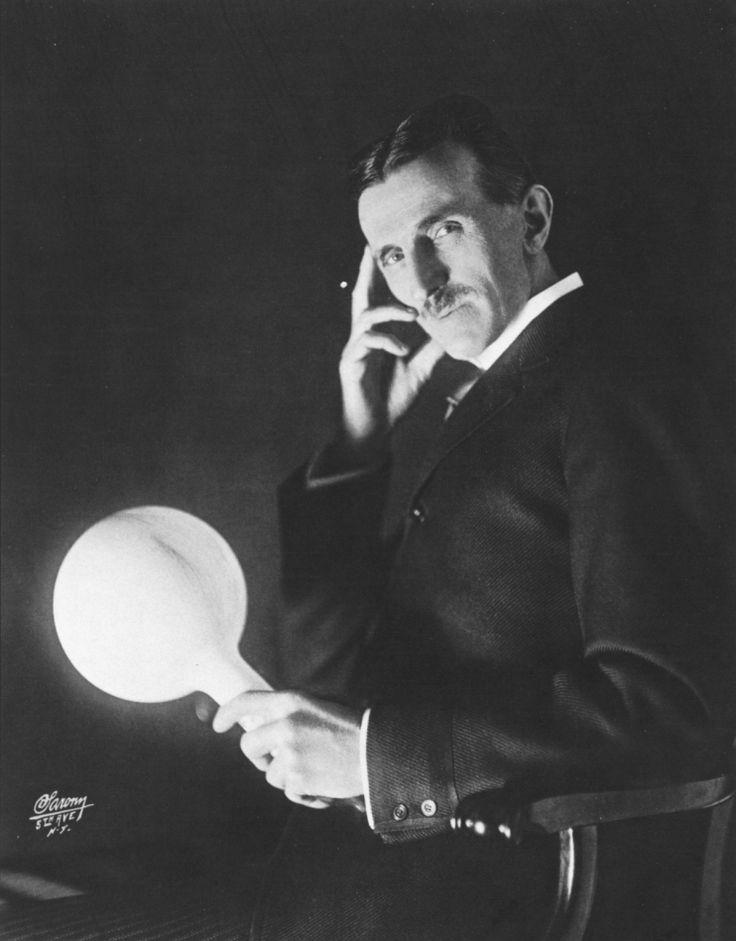 En 1899 Nikola Tesla a fait l'objet d'une interview qui a rarement été publiée au cours de ces 100 dernières années. Dedans, Tesla ne met aucun gantset révèle la grande conspiration de la science …