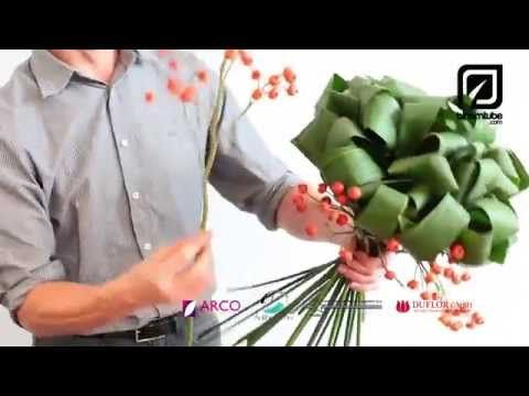 "From our Spring floral trend ""Graphical Layers"" a Spring bouquet tutorial - YouTube"