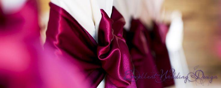 Esküvői dekoráció, székmasni, bordó székmasni