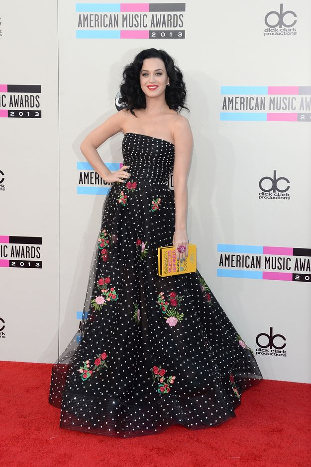 This effortless stage was one of her personal best. | 32 Pictures Of Katy Perry's Style Evolution