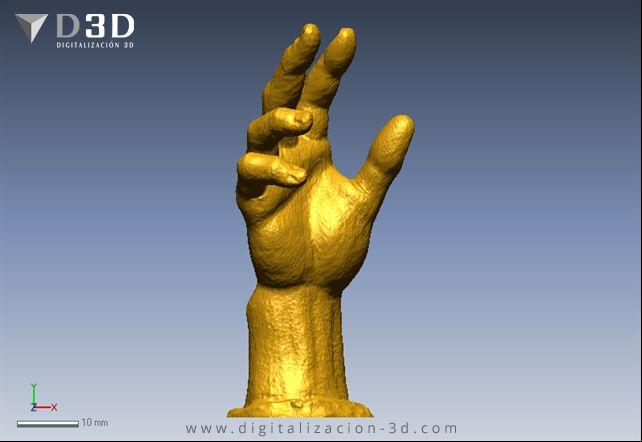 Vista de frente de la mano escaneada en 3d