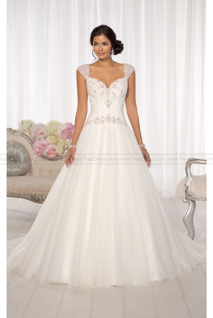 1000  ideas about Wedding Dresses For Sale on Pinterest  Dresses ...