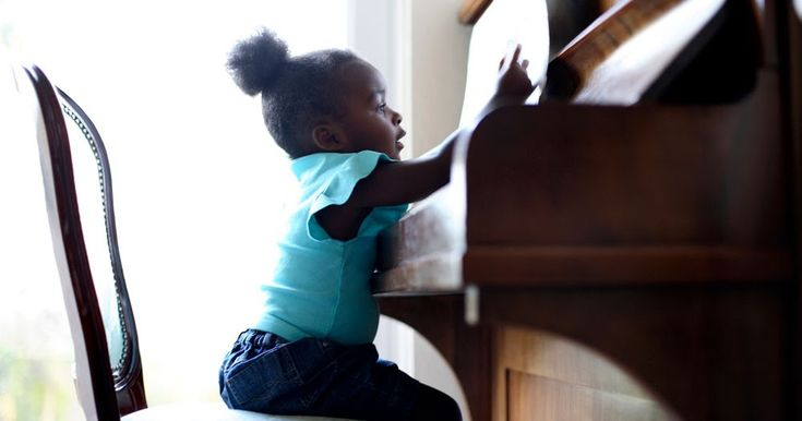 Do you need to move a piano? You have to read this article that offers some insight on why you should consider using a professional piano moving company over a regular mover. http://morrisonmoving.blogspot.ca/2017/11/reasons-why-you-need-to-use.html.  We recommend that you hire a five-star piano mover like Morrison Moving to do the job. We offer the best staff, expertise and skills to move your prized possession safely.  Avoid a moving nightmare and setbacks by avoiding cheap unskilled…