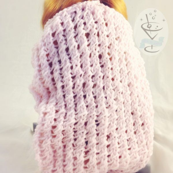 Baby Pink Winter Weight Acrylic Snood – Cable Pattern