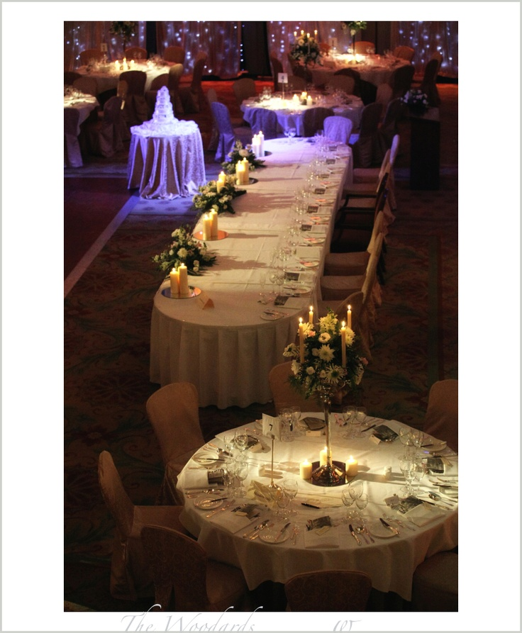 Dromoland Castle wedding, a combination of round tables with a long top table.