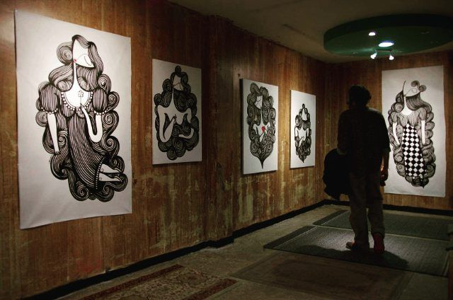 """Στιγμιότυπα από την ατομική έκθεση του street artist Sonke στην γκαλερί """"Tesla"""" της BABEL ! Photos by George Stergiou  #babelarcore #BABEL #art #streetart #sonke #marousi #έκθεση #ζωγραφική"""
