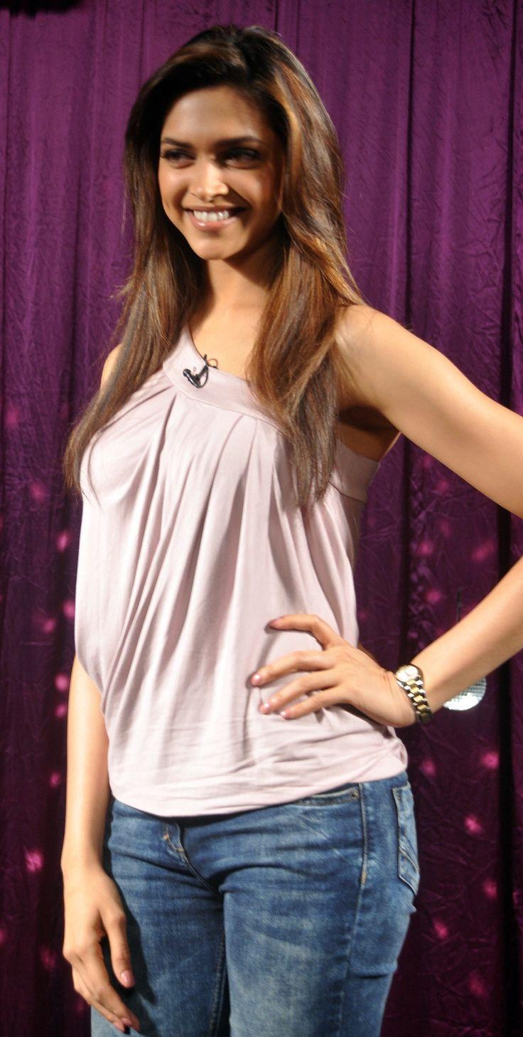 Deepika Padukone young and cheerful as always