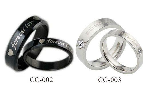 Jadikan Eternal Ring sebagai persembahan termanis untuk si dia di hari Valentine ini Hanya Rp 140.000,-/couple cuma di Travelicious.co.id