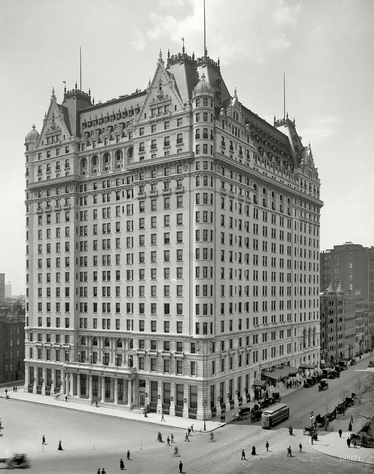 Plaza Hotel Nyc 1910 This Is One Of My Favorite Buildings In