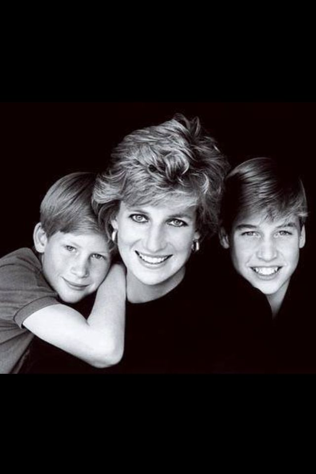 Diana, Princess of Wales with her boys Prince Harry and Prince William.