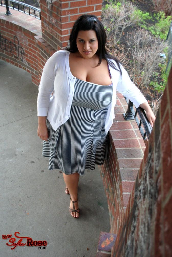 central single bbw women Meet single bbws and bhms in your area connect with fat singles for friendship, romance, or love create your profile now and take full advantage of our free fat dating.