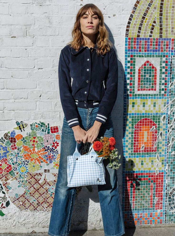 Alexa Chung Designed A $30 Bag For Charity, & You Can Buy It This Week+#refinery29