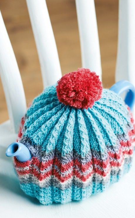 A homely tea cosy pattern by Ruth Cross to add a touch of knitted style to your breakfast table. The ribbed pattern allows this cosy to stretch to fit any size teapot. Better yet, instructions are given for how to