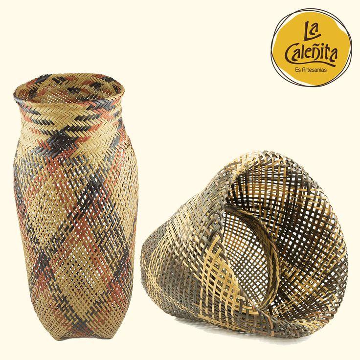 La tejeduría en #Iraca, desde la América prehispánica, ha sido utilizadas en la cestería indígena para elaborar textiles, sombreros y canastos. 😍💟#ArtesaniasColombianas #ArtesaniasDeColombia #ArtesaniasLaCaleñita