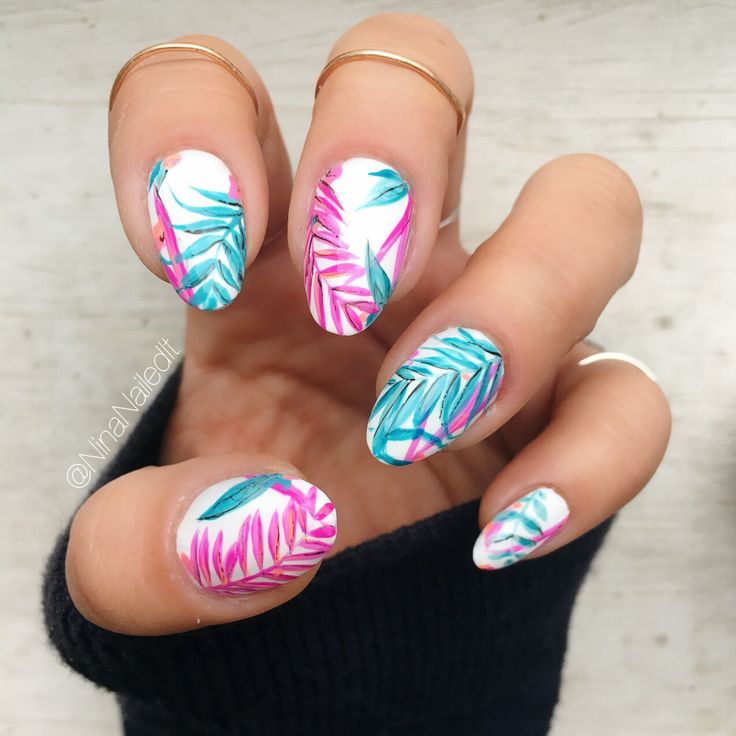 I'm super into white, tropical manis lately… I guess I'm itching for a vacation! I wish I could be at the women's match in Boston today but my heart is bursting just knowing that so many incredible women will be showing solidarity and supporting...