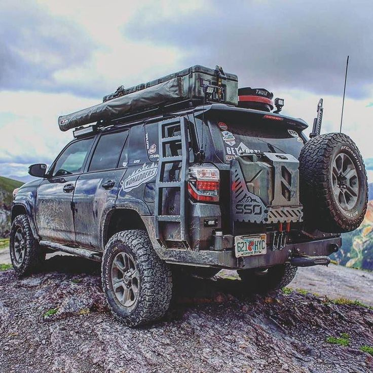 Time to go off road!  Fantastic 4runner photo by @nomaddersoverland –  #4runner …