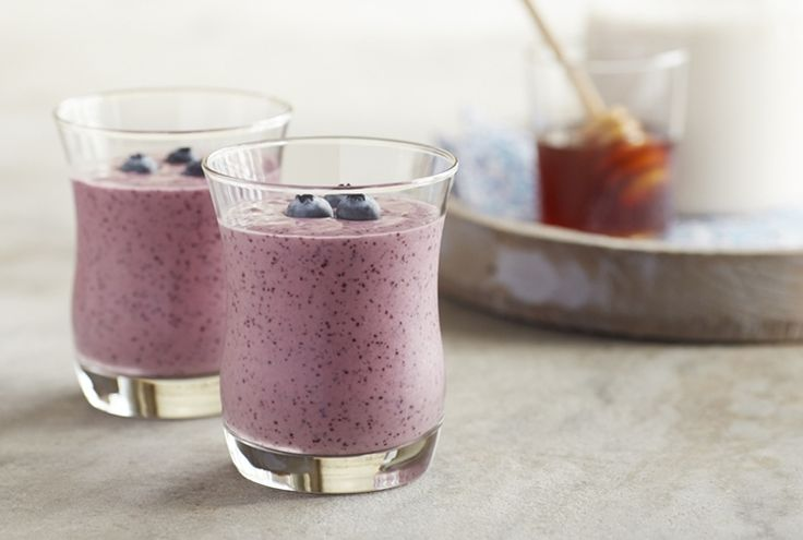 Driscoll's Blueberry-Peach Smoothie with Flaxseeds www.driscolls.com