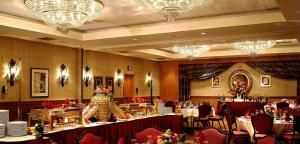 Embassy Suites Hotel Washington in has wedding packages starting at $96 per person. http://www.eventective.com/USA/Dist+of+Columbia/Washington/9146/Embassy-Suites-Hotel-Washington.html