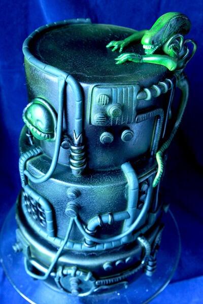 Giger alien cake
